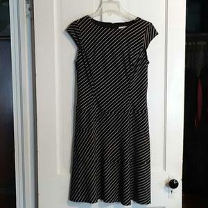 Nine & Co. Black & White Dress Size 12 ☄EUC☄